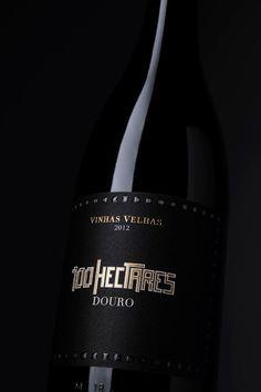 100 Hectares Grande reserva on Packaging of the World - Creative Package Design Gallery #taninotanino #vinosmaximum