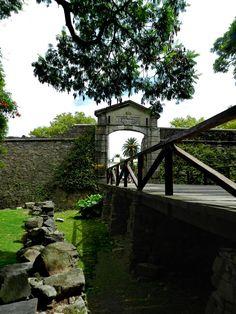 Antiguo Portal y Muralla, Colonia del Sacramento, Dpto. de Colonia, Uruguay (UY)