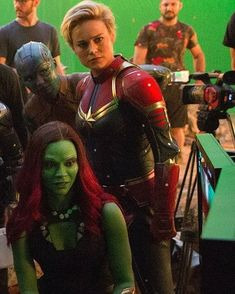 New Behind The Scene Picture Of Avengers End Game (via @therussobrothers  ).brielarsonupdate is sharing instagram posts and you can see pictures  video posts and on this media post page. Female Avengers, Avengers Women, Marvel Avengers Comics, Marvel Dc, Marvel Women, Marvel Heroines, Marvel Films, Captain Marvel Carol Danvers, Superhero Movies
