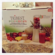 Omg my personal blender arrived #hellomrpostman #vegan #veganforfit #smoothie #blender #fitness #fruit #vitamin