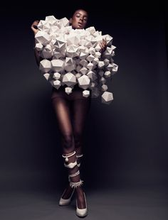 Paper Couture - paper engineering meets fashion design - wearable sculpture made from 3D paper shapes; experimental fashion structures; wearable art // Bea Szenfeld