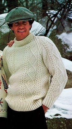 Men's Vintage Aran Irish Fisherman Cable Crew Neck-Raglan Sleeves Pullover Sweater PDF Knitting Pattern Aran Knitting Patterns, Easy Knitting, Knitting Designs, Knitting Needles, Outfits Casual, Mode Outfits, Mens Knit Sweater Pattern, Men Sweater, Cable Knit Sweaters