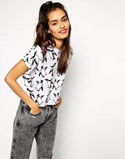 Buy ASOS Cropped Boyfriend T-Shirt with Christmas Penguin Print at ASOS. Get the latest trends with ASOS now. Penguin Clothes, Asos, T Shirt Vest, Models, Boyfriend T Shirt, Going Out, T Shirts For Women, My Style, How To Wear