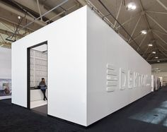 #Dekton at the Interior Design Show in Toronto. Grupo Cosentino is honored to have won Silver in the Interior Design Show, Toronto's Booth Design Awards! Check out the amazing all Dekton design by Cecconi Simone.