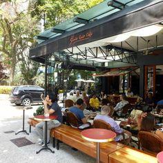Santo Grão Café on Rua Oscar Freire