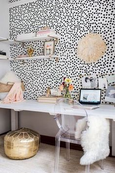 13 Kate Spade New York-inspired ideas for office decorations for HBIC , – Chic Home Office Design Home Office Inspiration, Room Inspiration, Office Ideas, Home Office Design, Home Office Decor, Home Decor, Office Decorations, Home Interior, Interior Design