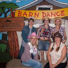 We had a great night at our Barn Dance last weekend! 🤠 Check out all of our pictures over on our Facebook Page! • • • #SafariVenues #BarnDance #Party #TreetopsPavilion #Worcestershire #WMSP #LineDancing #Dance #Worcs #Bewdley