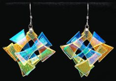 Cross Hatch Dichroic Glass Earrings With Silver Findings - Art . Glass Wall Art, Fused Glass Art, Stained Glass Art, Dichroic Glass Jewelry, Glass Earrings, Glass Pendants, Glass Fusion Ideas, Jewelry Wall, Jewlery