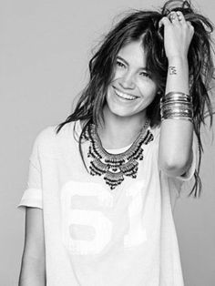 { Comfy T-Shirt with a Statement Necklace }