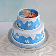 Jégvarázs emeletes torta tortaostyával Frozen Elsa tiered cake with wafer paper