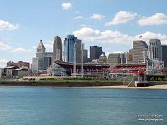 Cincinnati Skyline & Great American Ballpark