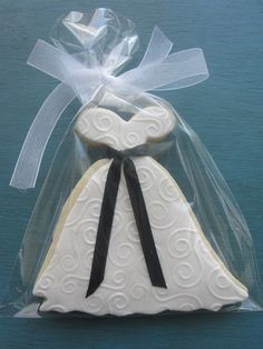 wedding dress cookie favors for shower