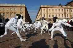An epee flashmob in Italy