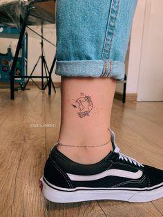 Dream Tattoos, Mini Tattoos, Future Tattoos, Body Art Tattoos, Sleeve Tattoos, Tiny Tattoos For Girls, Small Tattoos, Tattoos For Women, Family Tattoos