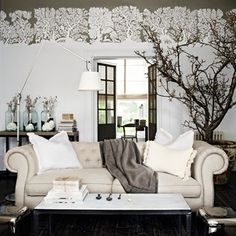 Glamorous gray living room  Luxurious interior design ideas perfect for your projects. #interiors #design #homedecor www.covetlounge.net