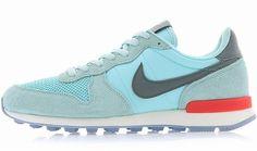 NIKE WOMENS INTERNATIONALIST Ice Blue-Grey-Red running training sneakers new in Kleidung & Accessoires, Damenschuhe, Turnschuhe & Sneaker | eBay