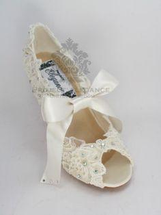 91a7fcae295 Womens new ivory vintage lace crystal peep toe high heel shoes bridal  wedding