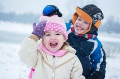 Winter Activities For Kids, Fun Winter Activities, Outdoor Activities, Toddler Preschool, Preschool Learning, Preschool Crafts, Red Food Coloring, Winter Season, Stay Warm