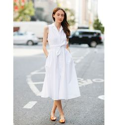 NYFW Editor's Street Style - ELLE's Naomi Rougeau's Outfit During NYFW