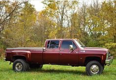 Nice looking lad! Dually Trucks, Chevy Pickup Trucks, Gm Trucks, Chevrolet Trucks, Diesel Trucks, Cool Trucks, 87 Chevy Truck, Chevy Duramax, Custom Chevy Trucks