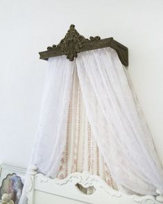 Bed Crown / Bed Canopy / Crib Canopy / Teester / Cornice / Wood / Vintage by… Rustic Canopy Beds, Bed Crown Canopy, Ikea Canopy, Baby Canopy, Canopy Bedroom, Door Canopy, Fabric Canopy, Canopy Tent, Canopy Lights