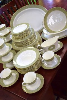 """Discontinued """"Royal Doulton - Sonnet English Fine Bone China Complete Dinner Service for 12 - Concord Shape - Gray and Yellow Flowers on Green Background with Gold Trim - Made in England - Understated Elegance! Royal Doulton, Green Backgrounds, Yellow Flowers, Bone China, Home Furnishings, Jewerly, Decorative Plates, England, Shapes"""