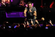 Bruce Springsteen's Pepsi Center show near infinite in length and appeal