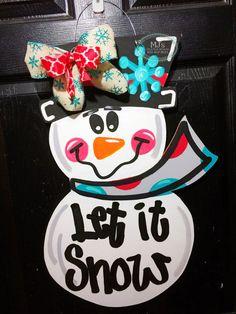 Winter Door Hanger Snowman Door Hanger Wooden by MJCreativeDesign Owl Door Hangers, Burlap Door Hangers, Wood Block Crafts, Wood Crafts, Snowman Door, Dollar Tree Decor, Christmas Door, Christmas Crafts, Christmas Wreaths