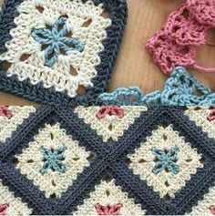 Crochet Blankets or Afghan Patterns 620089442430633190 Crochet Squares Afghan, Crochet Motifs, Crochet Blocks, Granny Square Crochet Pattern, Crochet Blanket Patterns, Baby Knitting Patterns, Baby Blanket Crochet, Crochet Stitches, Crochet Baby