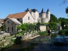Verteuil chateau et moulin - Verteuil-sur-Charente — Wikipédia