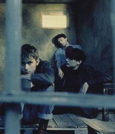 Damon, Graham, and Alex when they got locked up for being too sexxe. Country House Blur, Blur Band, Graham Coxon, Going Blind, Heartbreak Hotel, Damon Albarn, Blur Photo, Jamie Hewlett, Music Is Life