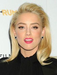Amber Heard - subtle eyes and strong pink lip Rapunzel, Amber Heard Makeup, Most Beautiful Women, Beautiful People, My Beauty, Hair Beauty, Amber Heard Photos, Blush, Blonde Women