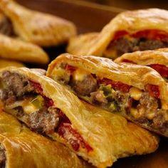 Bacon-Cheeseburger Calzones