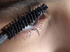 Qué tipos de máscaras utilizar según el efecto deseado http://www.gabinetedebelleza.com/consejos-utiles/que-tipo-de-mascaras-de-pestanas-debemos-usar-en-cada-caso.html