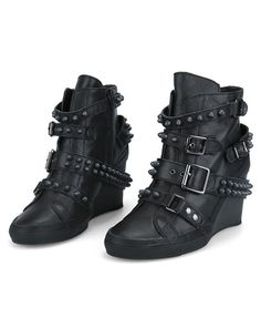 Holy fuck i want these soooooo bad!!!!!!!!!!!!    Black Wedge Heel Boots with Wrapped Rivet Embellished and Pin Buckled Belt