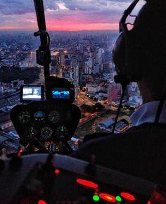 Foto by @fjafonso_photoart #saopaulocity #sobrevoandosp Conheça também nosso site www.spcity.com.br