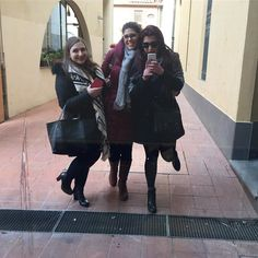 Squadra vincente non si cambia  #youbetterwork #workworkwork #workinggirl #workbitch #friends #mirrorselfie #selfie #beautyblogger #pisa