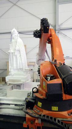 Kuka Roboter beim fräsen 3d Modelle, Milling, Baby Strollers, Vacuums, Home Appliances, Children, Mold Making, Objects
