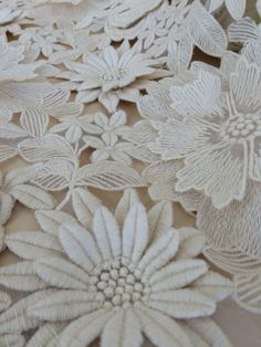 3D ecru white flower lace fabric Wedding lace by ImperialLingerie