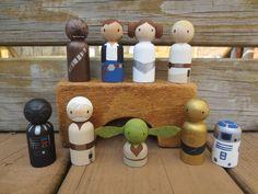 Star Wars ha ispirato la bambola di legno Peg / Cake di WoolyLlama