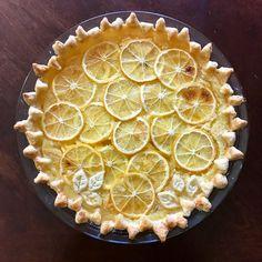 Lemon slice shaker pie