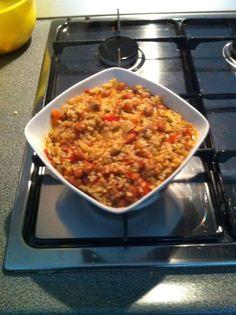 Riso Integrale con fagioli borlotti Ingredienti: 160 Grammi riso integrale; 2 cipolle piccole; 2 spicchi d'aglio; 4 pomodori a g...