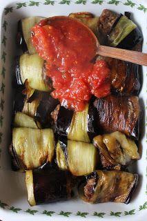 NESRiN`S KÜCHE: Auberginenkebap mit Tomatensoße und Türkischer Pilaw