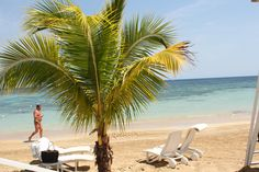 Just another day in #paradise #jamaica #beachday #couplesresorts