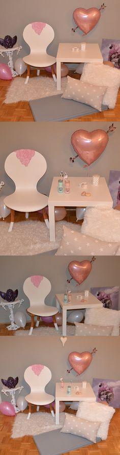 Love corner, Valentines Day decor
