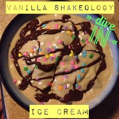 shake to lose weight peanut butter Vanilla Shakeology Ice Cream Recipe: 1 cup Almond Milk, 1 serving of Vanilla Shakeology, 2 cups of Ice, 1 tbsp of Peanut Butter Protein Powder Recipes, Protein Shake Recipes, Smoothie Recipes, Snack Recipes, Protein Shakes, Smoothies, Beachbody Shakeology, Healthy Meal Replacement Shakes, Smoothie