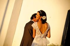 BUJI: Renda, luz do sol e poesia num casamento na Bahia