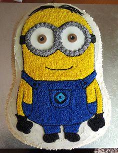 Minion buttercream cake