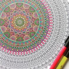 I'm a little obsessed with #mandalas at the moment! #hetderdeenigeechtemandalakleurboek #coloriageantistress #coloriagenostress #kleurambassadeur #kleurenvoorvolwassenen #mandala #creative #kleurboek #kleurboekvoorvolwassenen #arttherapy #bbnc #mandala #coloraddict #coloriage #kleuren #workinprogress #fabercastell #fabercastellpitt