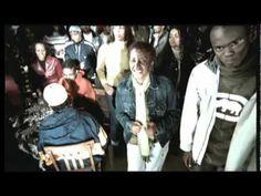 O rapper Rappin Hood mandou a real e comandou o encerramento da etapa estadual do Circuito de Juventude 2012. No bate-papo com a galera, ele contou que a música 'Sou Negrão' foi feita em 1987 para um trabalho da escola sobre os 100 anos de abolição da escravatura. E assim como um estudante protagonista, ele pesquisou tudo sobre o tema para mandar bem no trabalho.